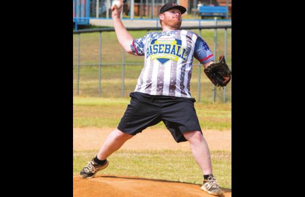 RHS holds alumni baseball game
